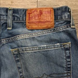Lucky Brand Bootcut Distressed Jeans 🍀